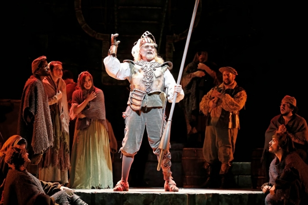 Photo Flash: First Look at Jack E. Curenton, Jessica Norland & More in MAN OF LA MANCHA National Tour