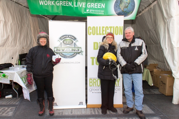 Photo Coverage: Broadway Unites in Duffy Square for Green Alliance Recycling Event!