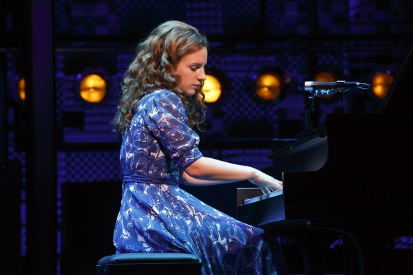 BWW Reviews:  BEAUTIFUL Really Does Try To Make It