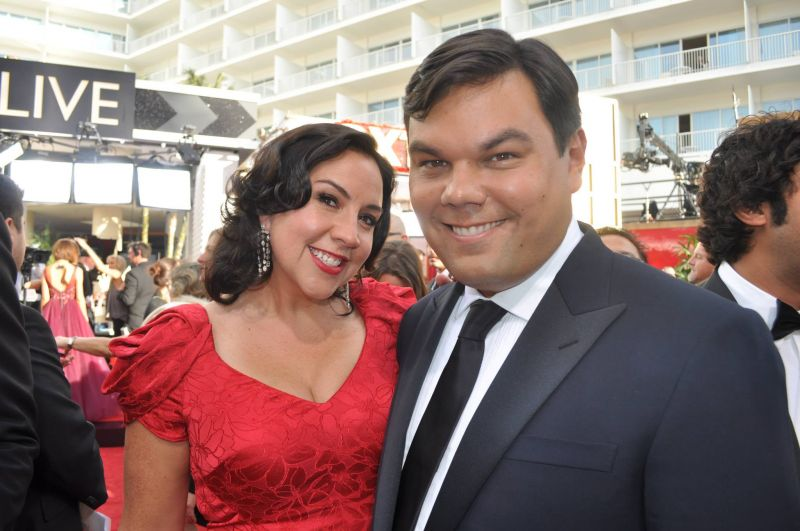 INTERVIEW: Bobby Lopez, Kristen Anderson on the Golden Globes Red Carpet
