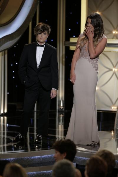 Amy Poehler and Miss Golden Globe Sosie Bacon