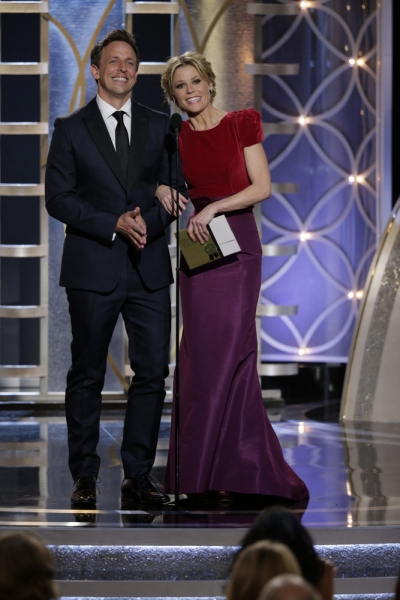 Seth Meyers and Julie Bowen