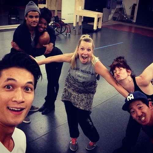 GLEE 100th Episode Round-Up! Original Stars Return, Set Pics & Tweets