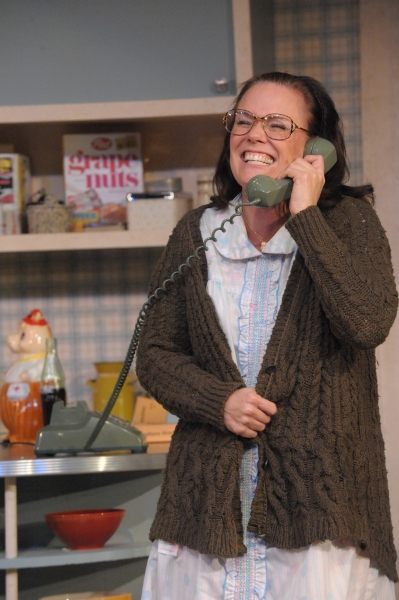Photo Flash: First Look at Beth Hylton, Megan Anderson and More in Everyman's CRIMES OF THE HEART