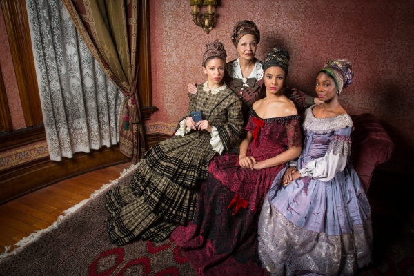 Lizan Mitchell (Beartrice, in the background) portrays the matriarch of the Albans family, and leading actresses (l to r) Flor de Liz Perez (Maude Lynn), Tiffany Rachelle Stewart (Agnès), and Joniece Abbott-Pratt (Odette) portray her three unwed daught