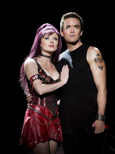 BWW Reviews: Theatre Under the Stars' WE WILL ROCK YOU is High-Voltage Entertainment