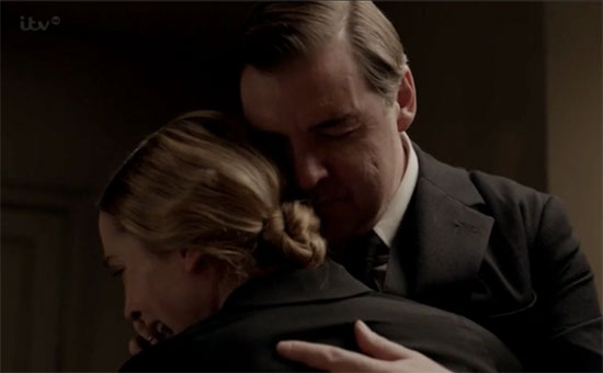 BWW Recap:  Bates Learns the Truth but 'Nothing Is Over' on DOWNTON ABBEY