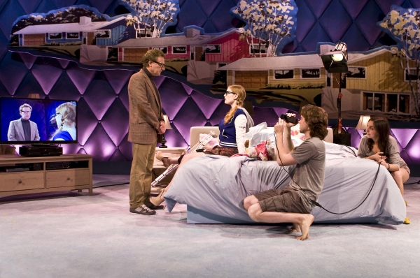 BWW Reviews: INTIMACY Is Too Dull To Be Shocking