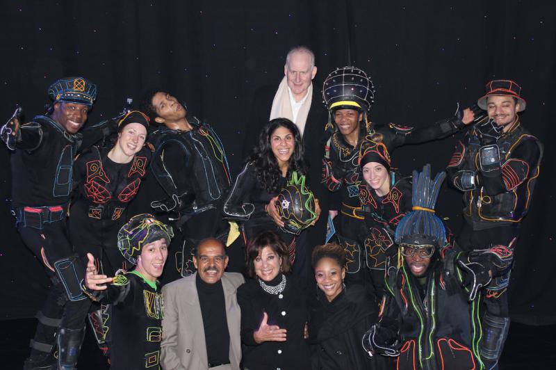 Photo: Cast of ILUMINATE Celebrates Opening at New World Stages