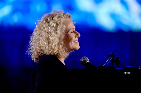 Cyndi Lauper Advises Carole King: Go See Your Show!