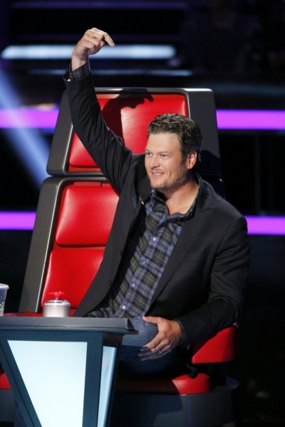 Photo Flash: First Look - Shakira, Usher Return for New Season of THE VOICE