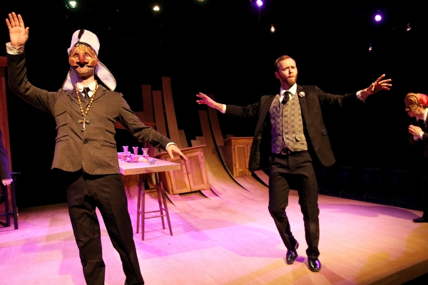 BWW Reviews: Classical Theatre Company's DOCTOR FAUSTUS is Chillingly Mesmerizing