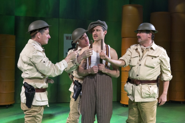 BWW Reviews:  A MAN'S A MAN Shows a Young, Idealistic Brecht