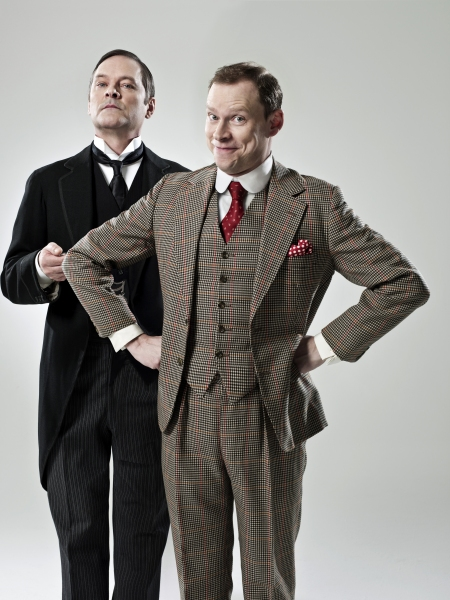 Photo Coverage: Mark Heap And Robert Webb As Jeeves and Wooster!