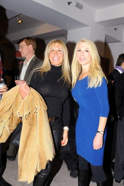 Photo Flash: NY's Top Collectors and More Turn Out for Robert Farber Retrospective at Cavalier Gallery
