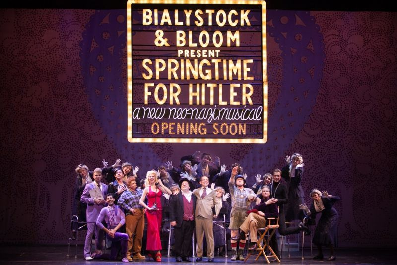 BWW Reviews: THE PRODUCERS - Another Big Hit for 3-D Theatricals