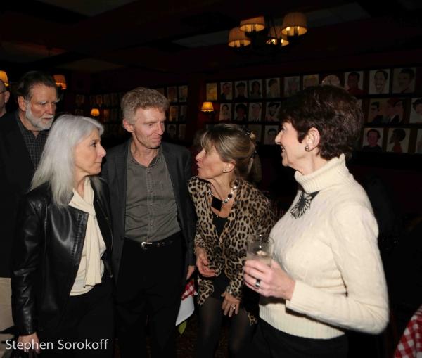 Jamie deRoy, Billy Hayes, Barbara Ligeti
