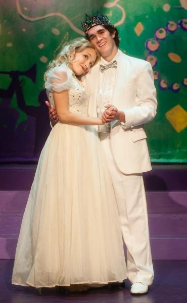 Shelbie Mac (Cinderella Battistella) & Shawn Deroche (Harvey Canale, Jr) Photo