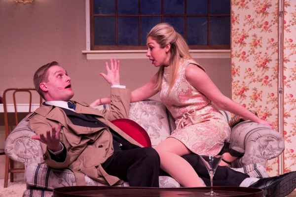 Daniel Willey as Paul Bratter and Jessica Alex as Corie Bratter