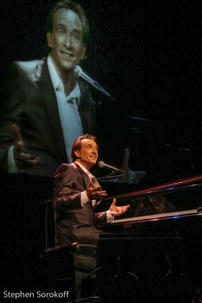 Photo Coverage: David Pomeranz Plays The Sylvia & Danny Kaye Playhouse