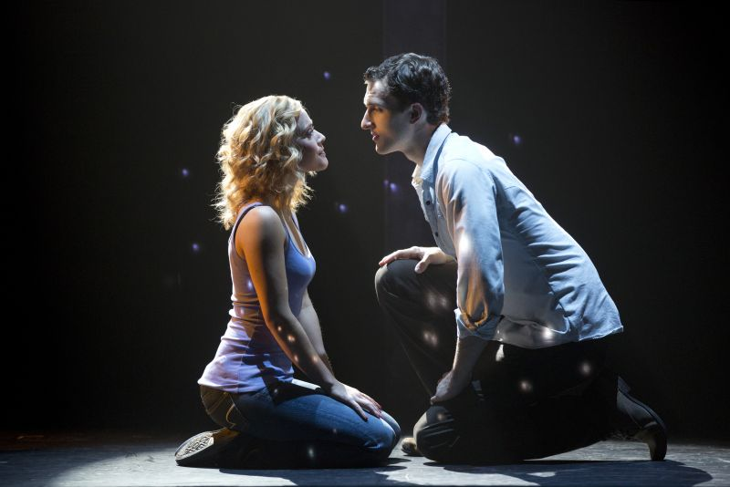 BWW Reviews: GHOST: THE MUSICAL is Dead on Arrival