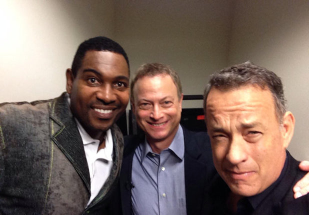 Photo Flash: Tom Hanks Reunites with FOREST GUMP Co-Stars