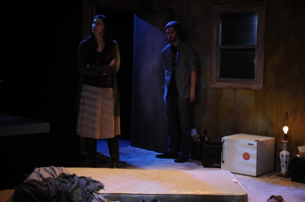 BWW Reviews: The Catastrophic Theatre's CLEAN/THROUGH is Hauntingly Poignant