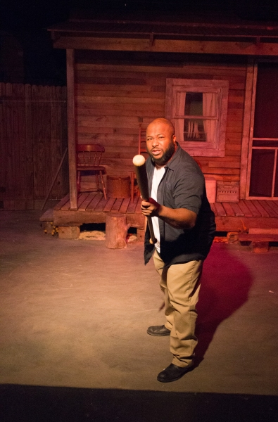 BWW Reviews: Pearland Theatre Guilds' FENCES is Enjoyable Despite Flaws