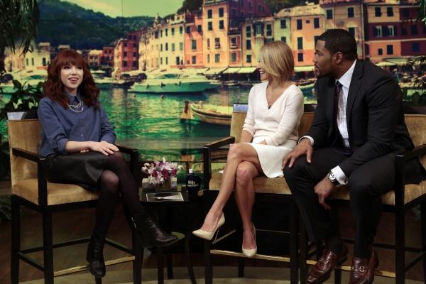 Photo Flash: Broadway's Carly Rae Jepsen, Alan Cumming Visit Today's LIVE
