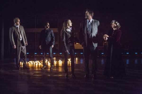 Paul Michael Valley as Polixenes, A.Z. Kelsey as Florizel, Maya Kazan as Perdita, Billy Campbell as Leontes, and Angel Desai as Paulina