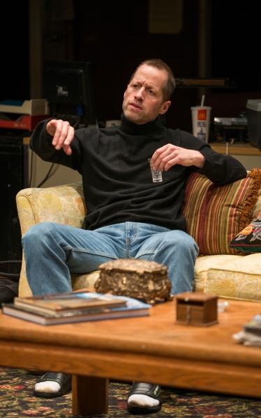 Photo Flash: First Look at Steppenwolf's RUSSIAN TRANSPORT, Now Playing Through 5/11