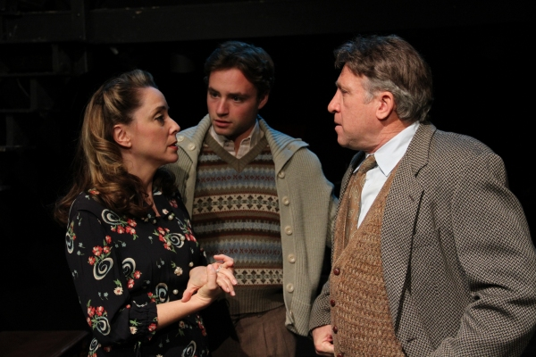 BWW Reviews: THE DIARY OF ANNE FRANK Reminds Us To Never Take Our Freedom For Granted