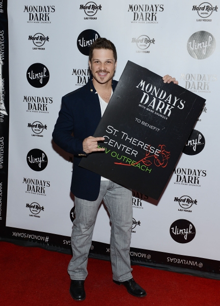 Photo Flash: MONDAYS DARK with ROCK OF AGES' Mark Shunock Welcomes Stars of MILLION DOLLAR QUARTET, JERSEY BOYS and More
