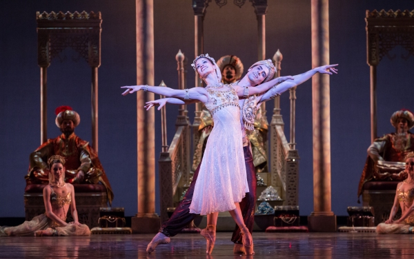 BWW Reviews: Houston Ballet's ALADDIN is an Opulent and Mesmerizing Treat