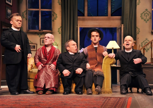 Photo Flash: First Look at Warwick Davis and More in SEE HOW THEY RUN
