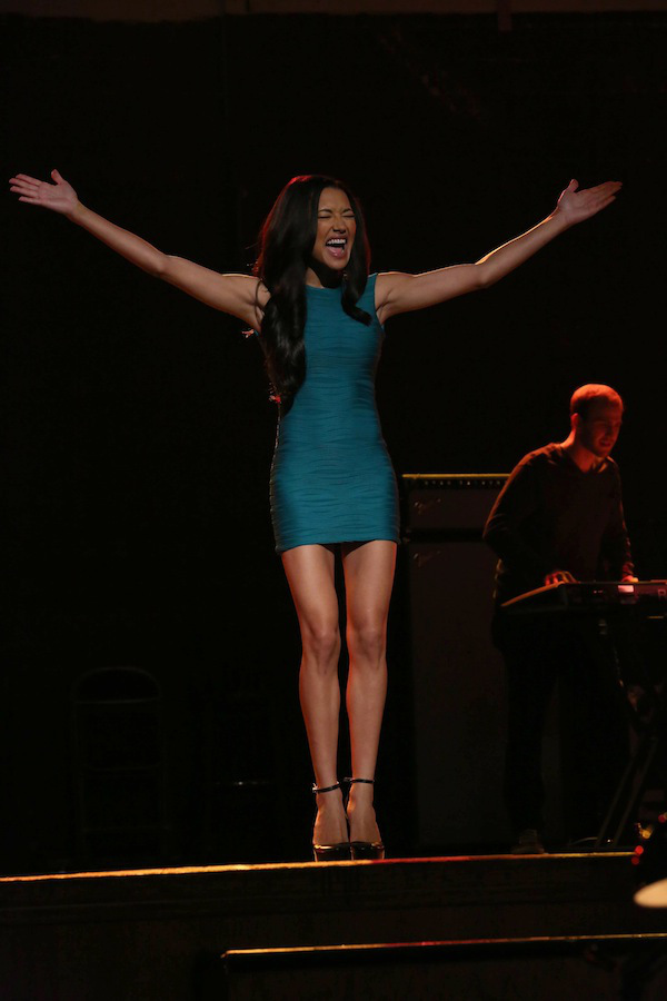 View Full Performance Of Naya Rivera's 'Don't Rain On My Parade' From GLEE