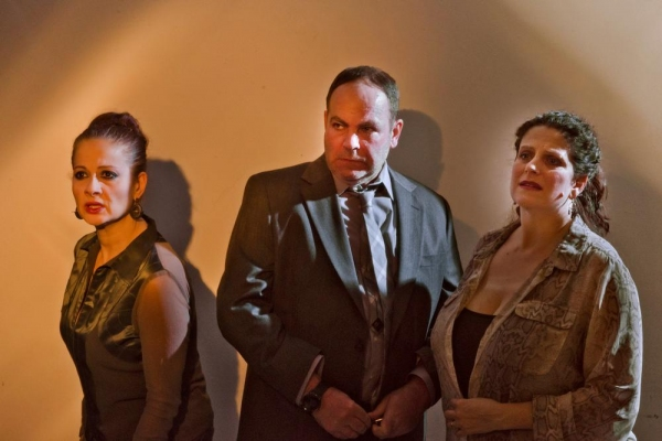 Vera Beren (as Leeann), Michael Tomlinson (as Remi) and Catherine Porter (as Lori)