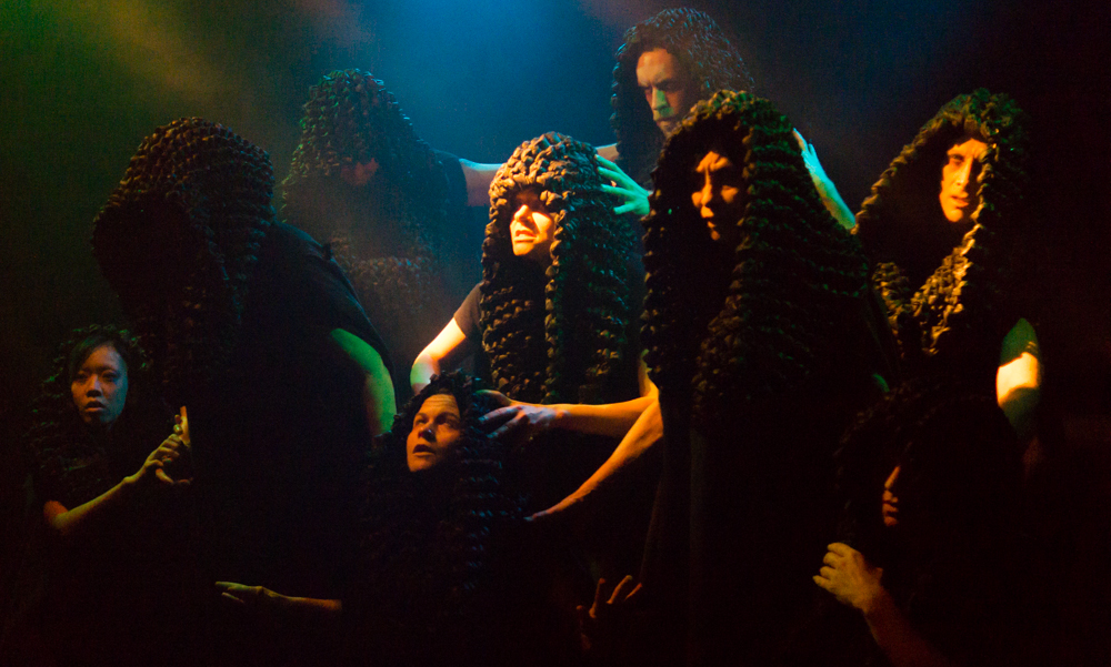 BWW Reviews: Main Street Theater & Prague Shakespeare Company's MACBETH is Wickedly Thrilling