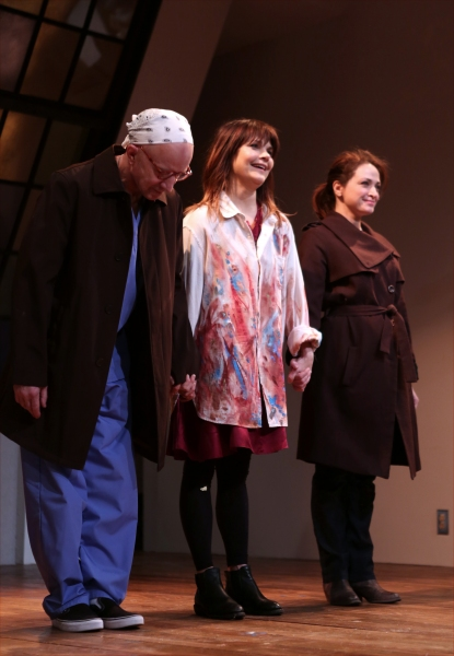 Arliss Howard, Kathryn Erbe and Roxanna Hope