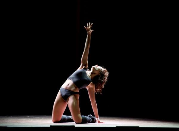 BWW Blog: Ashley Arcement of FLASHDANCE! National Tour - Flashdance is Sydney Morton's Turn...
