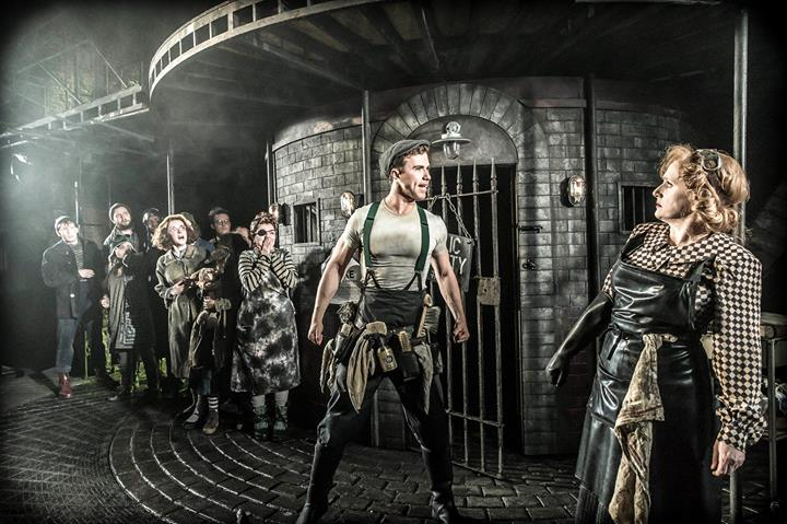 First Look At West End Premiere Of URINETOWN! Plus, Promo Featurette