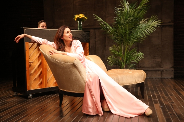 BWW Reviews:  Ruhl's STAGE KISS is Sweet, Sexy and Screwball