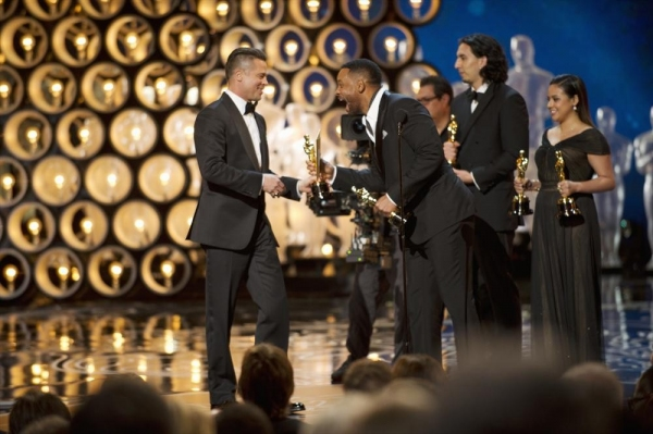 THE OSCARS(r) - THEATRE - The Academy Awards(r) for outstanding film achievements of 2013 will be presented on Oscar Sunday, MARCH 2 (8:30-12:00 a.m., ET/5:30-9:00 p.m., PT), at the Dolby Theatre(r) at Hollywood & Highland Center(r) and televised live on