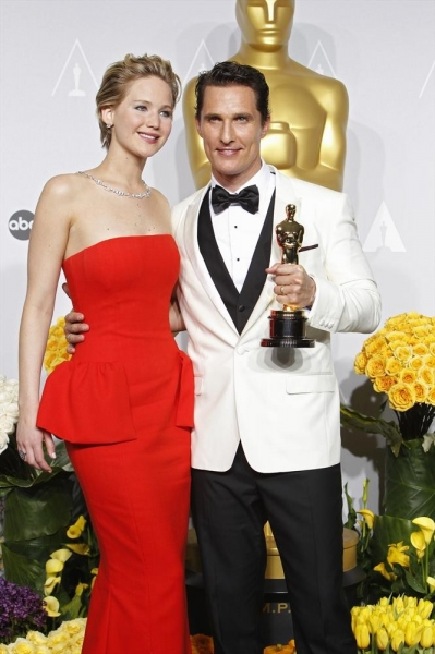 Photo Flash: Backstage at the OSCARS - See All the Winners!
