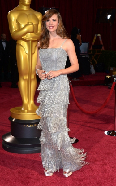 Jennifer Garner at the 86th Annual Academy Awards Oscars (wearing Oscar de la Renta)