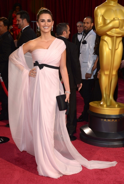 Penelope Cruz at the 86th Annual Academy Awards Oscars (wearing Giambattista Valli)