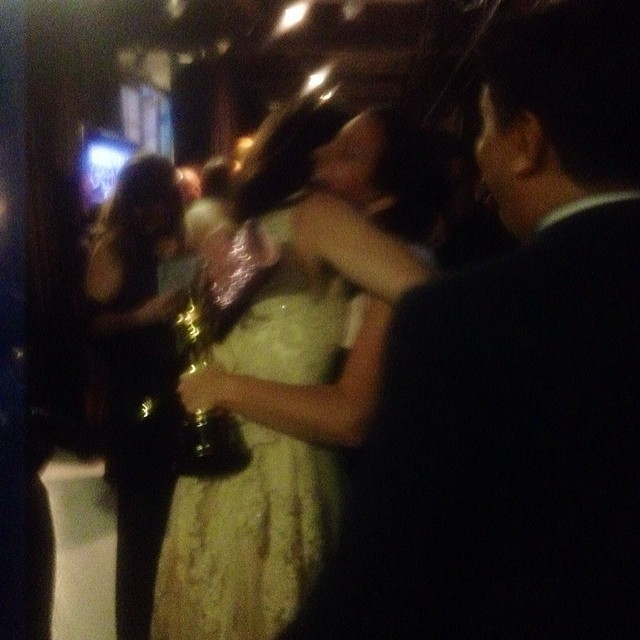 Backstage At The Oscars With Idina Menzel! Red Carpet To Onstage To Celebrations