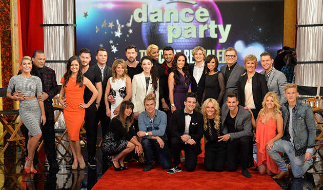 Get a First Look at Cast of DANCING WITH THE STARS Season 18!