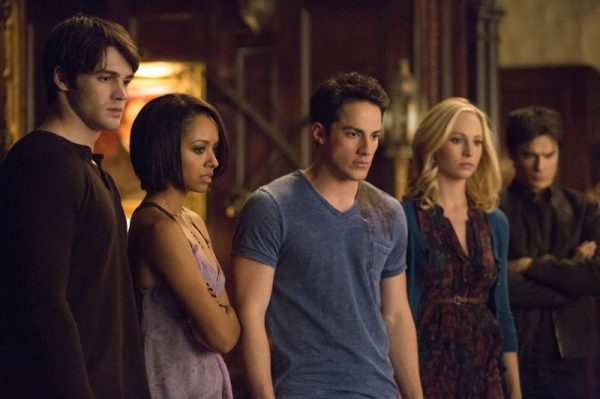 The Vampire Diaries -- ''Gone Girl'' -- Image Number: VD515a_0133.jpg -- Pictured (L-R): Steven R. McQueen as Jeremy, Kat Graham as Bonnie, Michael Trevino as Tyler, Candice Accola as Caroline and Ian Somerhalder as Damon -- Photo: Blake Tyers/The CW -- &