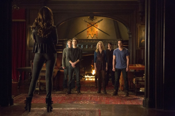 The Vampire Diaries -- ''Gone Girl'' -- Image Number: VD515a_0156.jpg -- Pictured (L-R): Nina Dobrev as Katherine (back to camera) with Zach Roerig as Matt, Paul Wesley as Stefan, Candice Accola as Caroline, Steven R. McQueen as Jeremy and Michael Trevino